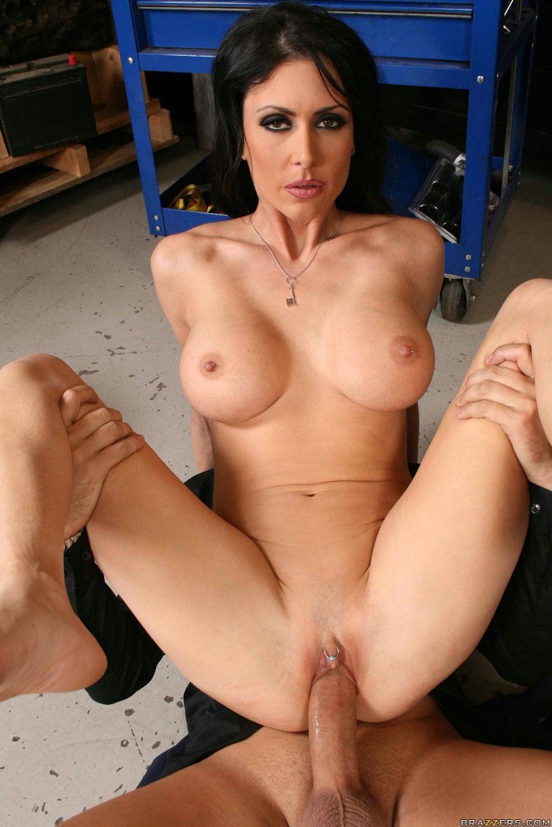 dildo into jaymes jessica plunge
