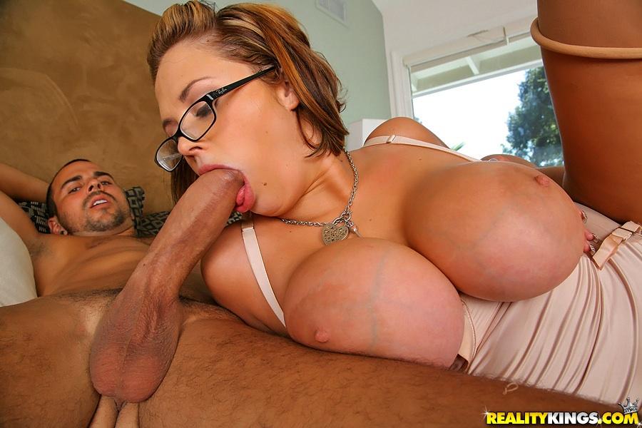 Big tits katie kox nailed by young anaconda 4